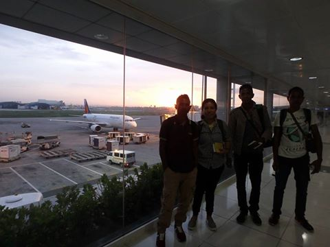 深夜にバリを経って、機内泊で早朝にマニラに到着。なかなかの長旅です。